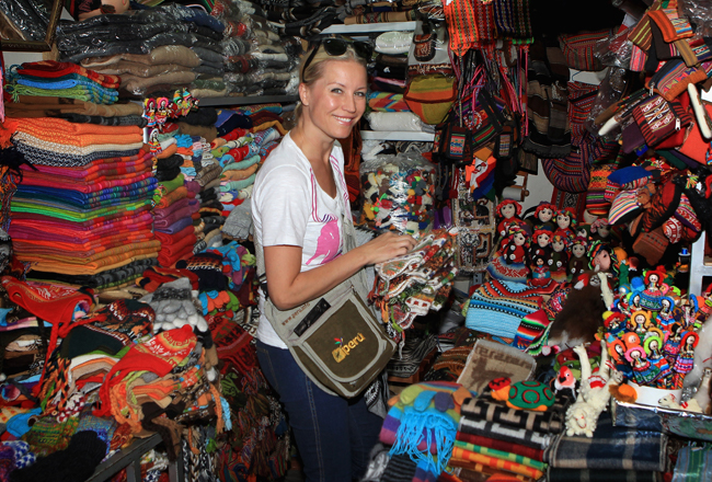 Shopping in the markets in Peru